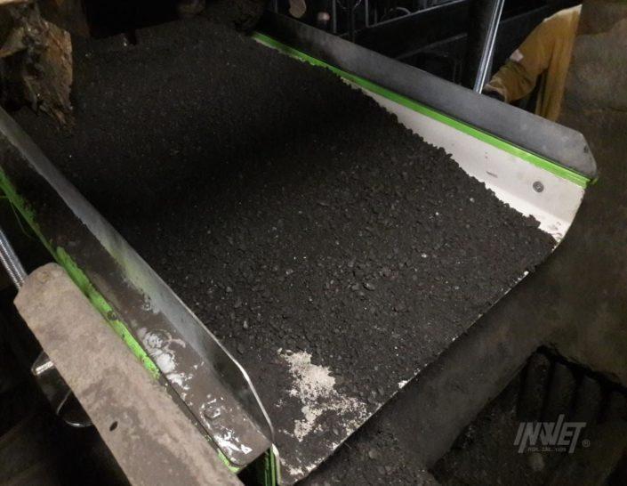 Podajnik elektromagnetyczny do podawania węgla kopalnia pokój