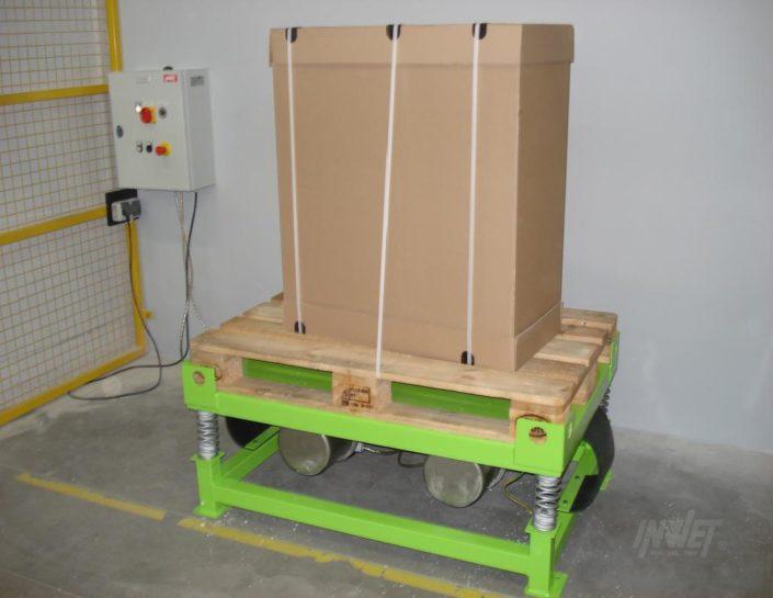 Stół wibracyjny do wibrowania palet