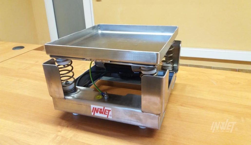 Znane Stoły wibracyjne - INWET producent maszyn wibracyjnych @SI-06