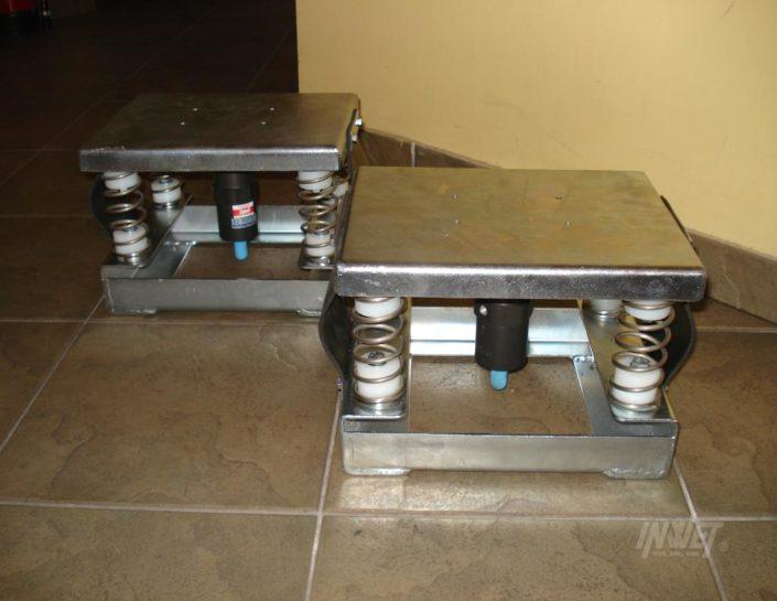 Stoły wibracyjne z napędem pneumatycznym