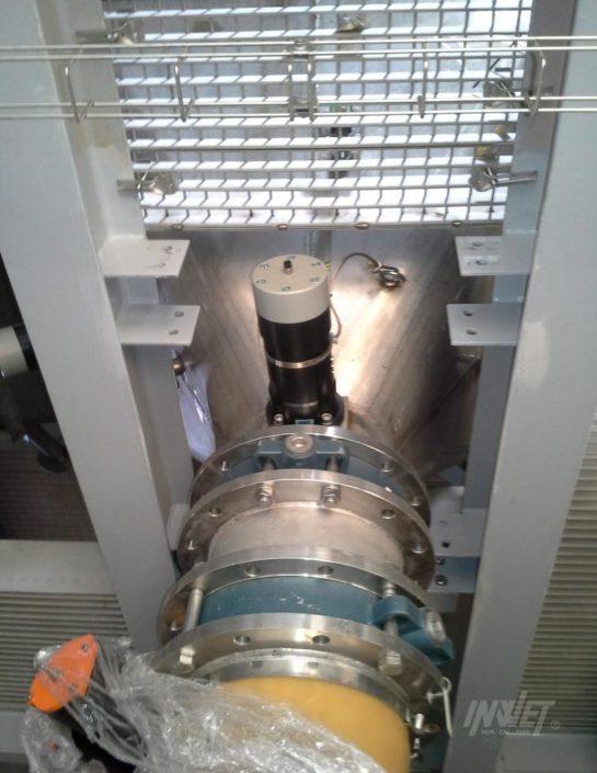 Odbijak pneumatyczny FKL 150 na leju, stożku zbiornika